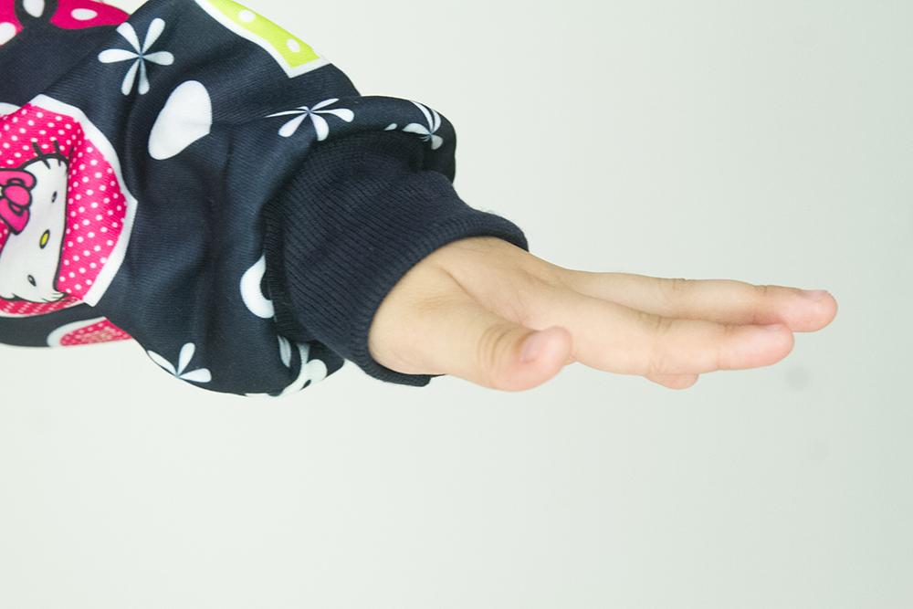 CY 5391 [ DARK BLUE / PURPLE ] JACKET SWEATER DISNEY KID CHILDREN HELLO KITTY