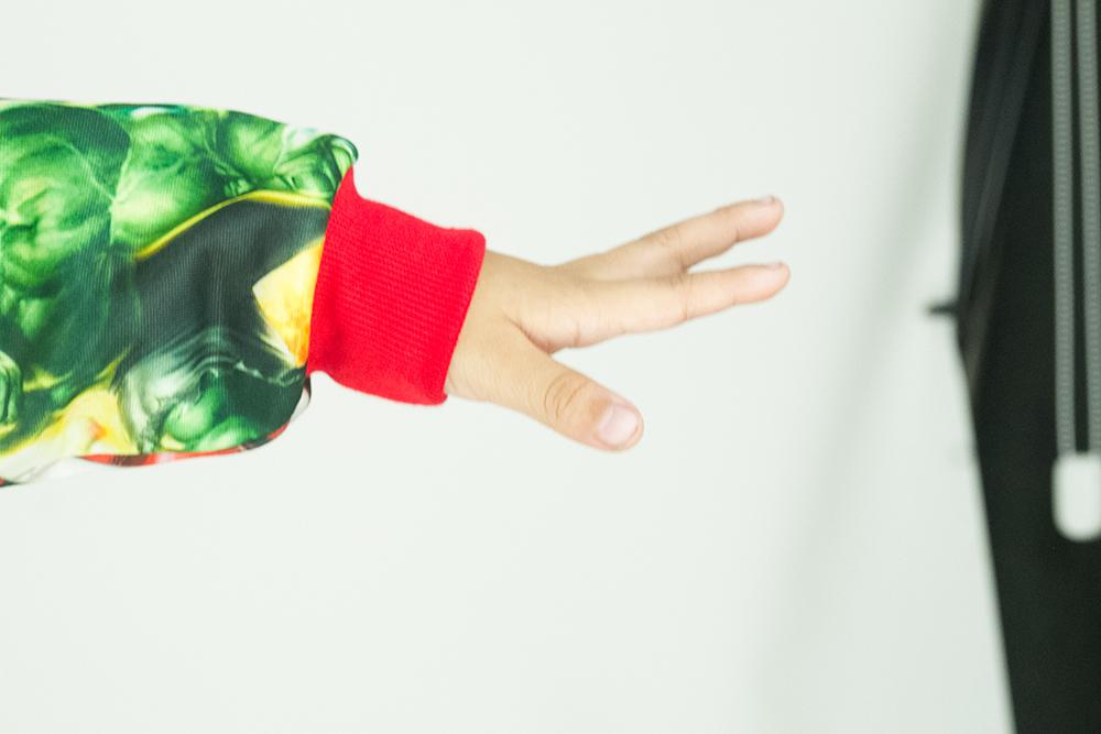 CY 01 (GREY/RED) JACKET SWEATER HOODIES DISNEY  BABY AVENGERS THOR IRONMAN HULK